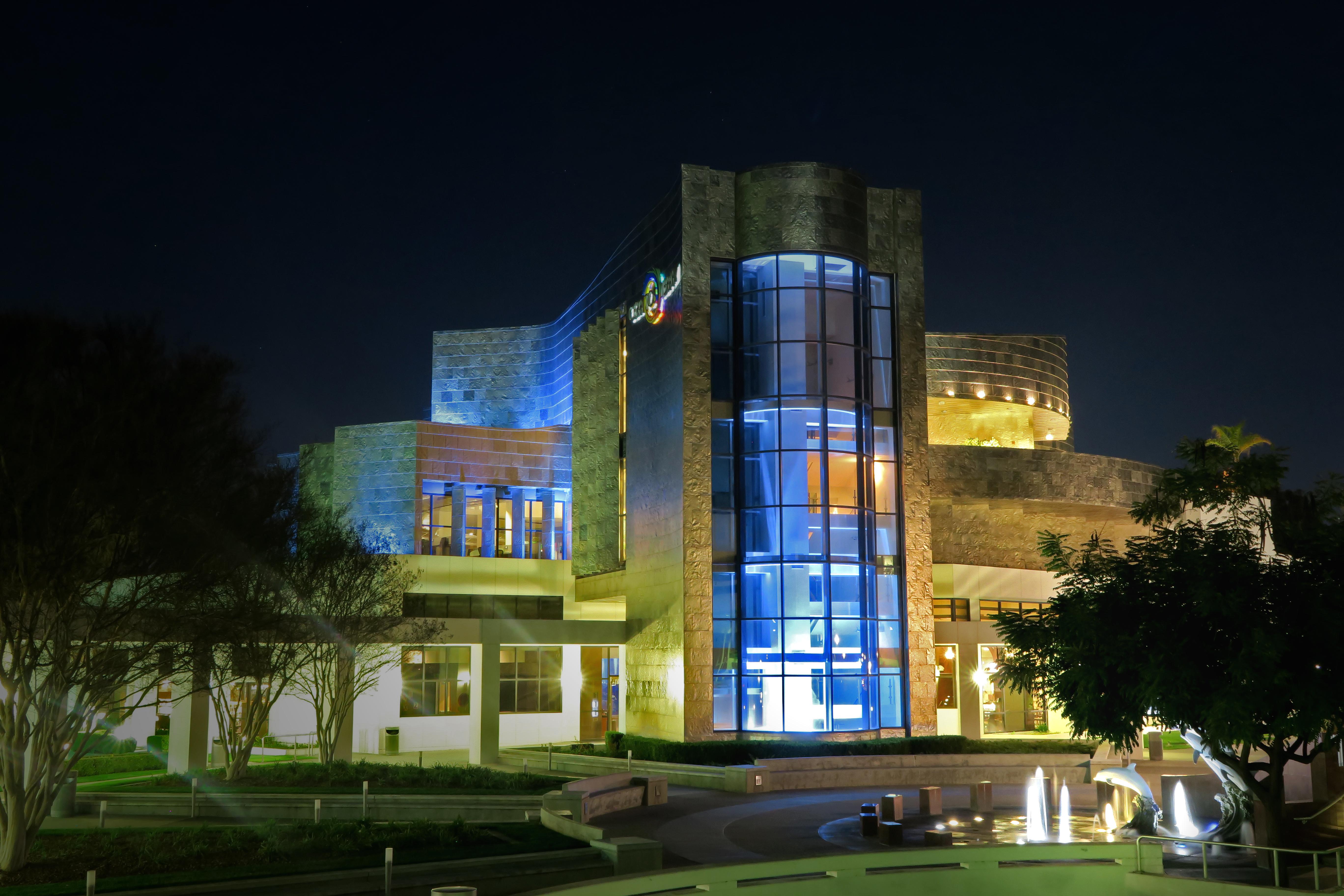 Cerritos Public Library