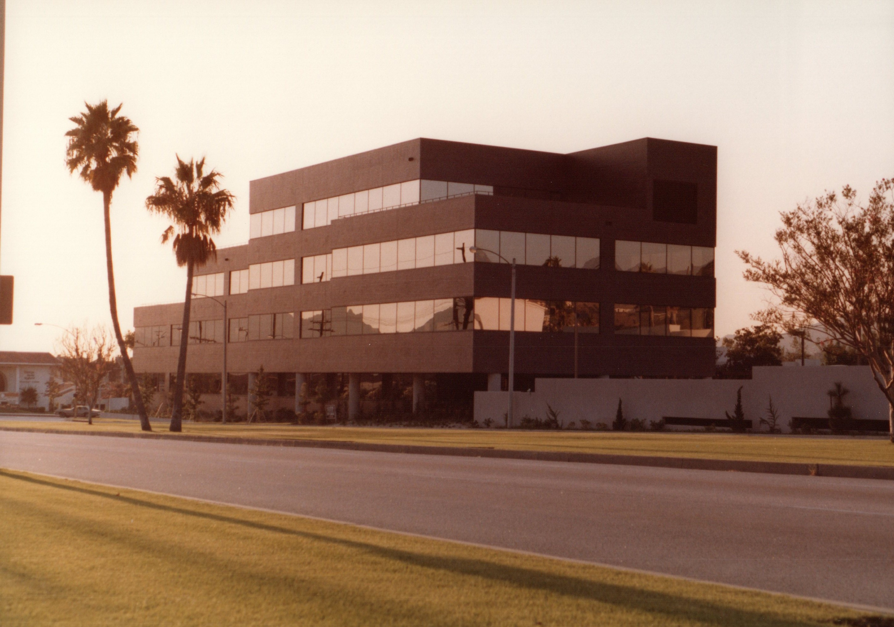 Glendale Pacific Federal Office Building